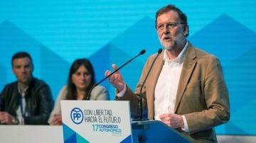 El presidente del Partido Popular Mariano Rajoy, durante su intervención en el XVII Congreso extraordinario del PP