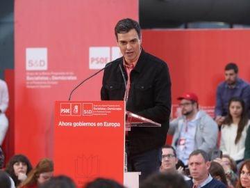 El líder del PSOE, Pedro Sánchez, durante su intervención en la clausura de la Escuela de Buen Gobierno