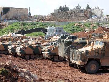 Soldados turcos toman control de un campo de entrenamiento de la milicia kurdosiria Unidades de Protección del Pueblo