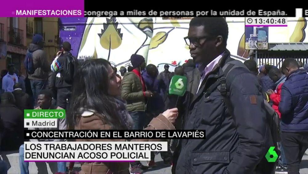 """Cheikh Ndiaye, portavoz de los inmigrantes senegaleses: """"El Estado español está jugando con nosotros, no quieren que sepamos la verdad"""""""