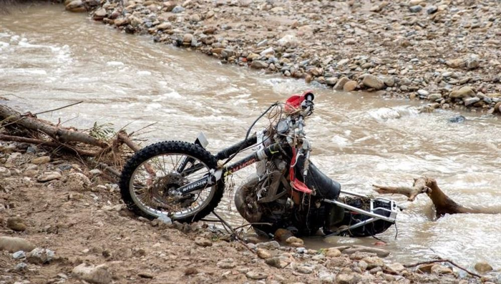 magen de la moto del motorista desaparecido en Martos (Jaén)