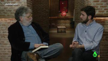 Gonzo entrevista a Joaquín Estefanía en El Intermedio