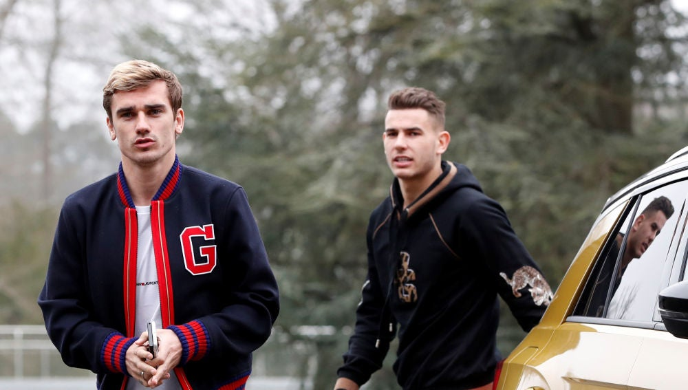 Griezmann, a su llegada con la selección francesa
