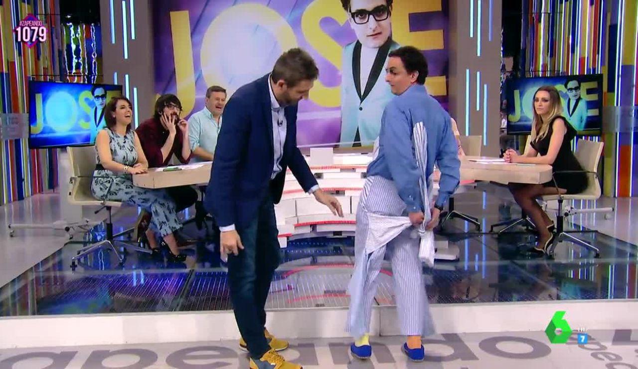 Josie llega a Zapeando en pijama