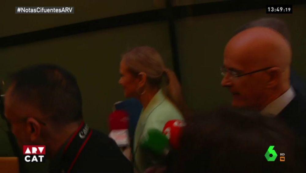 Cristina Cifuentes a su salida de la Asamblea de Madrid