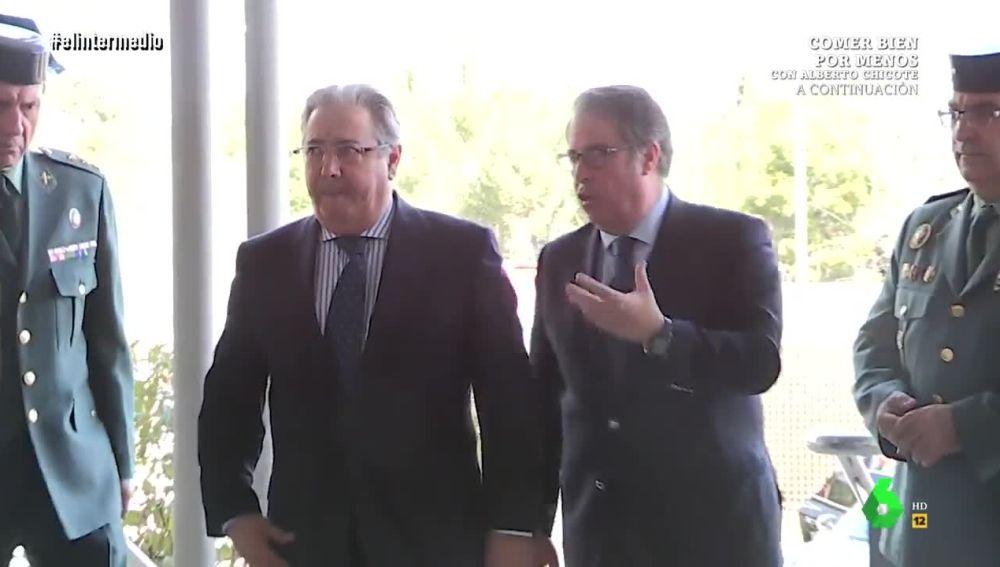 El Intermedio desvela en exclusiva la 'conversación' de Serrano y Zoido en la presentación de las motos con radar de la DGT