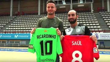 Saúl Ñíguez, con Ricardinho