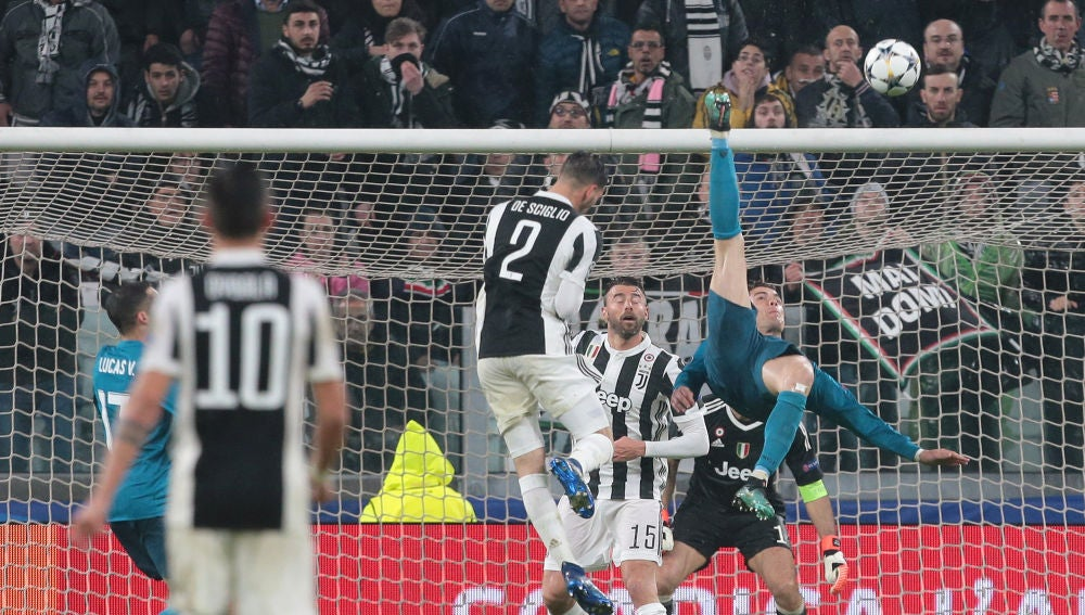 b0e4fdd008 Cristiano Ronaldo anota de chilena en el Juventus Stadium