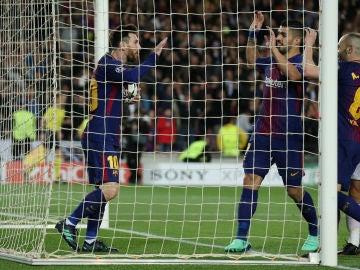 Los jugadores del Barça celebran uno de los goles contra la Roma