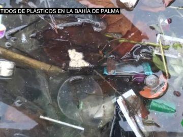 Vertidos de plático en la Bahía de Palma