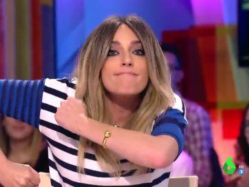 """La """"locura"""" de canción que dedica Anna Simon a Cristina Cifuentes"""