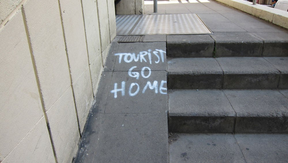 Tourist go home