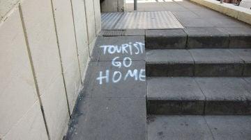 Tourist go home