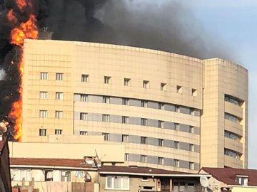El hospital de Turquía, en llamas