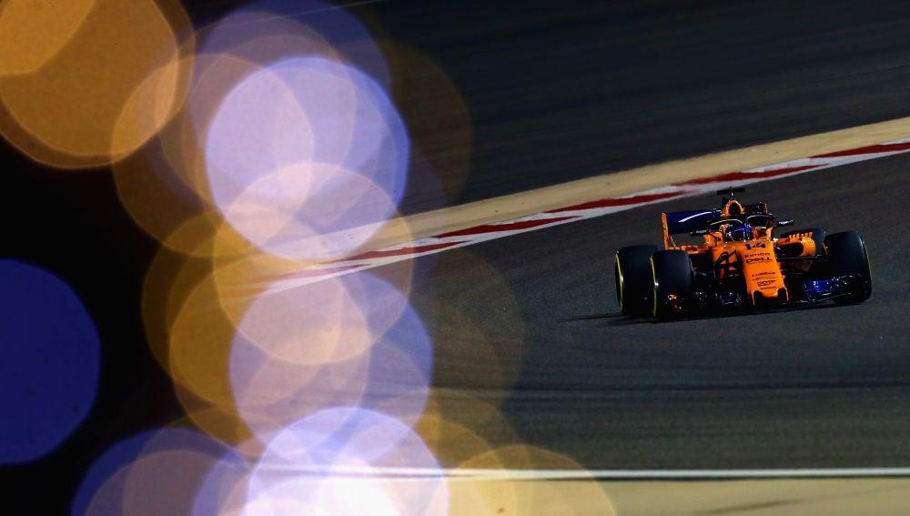 Fernando Alonso, en el circuito de Baréin