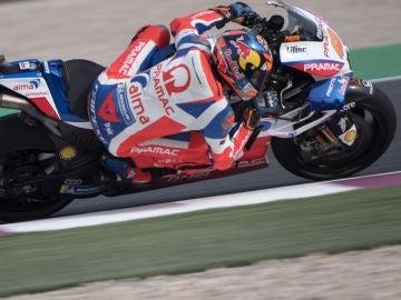 Miller, a bordo de su moto durante la carrera