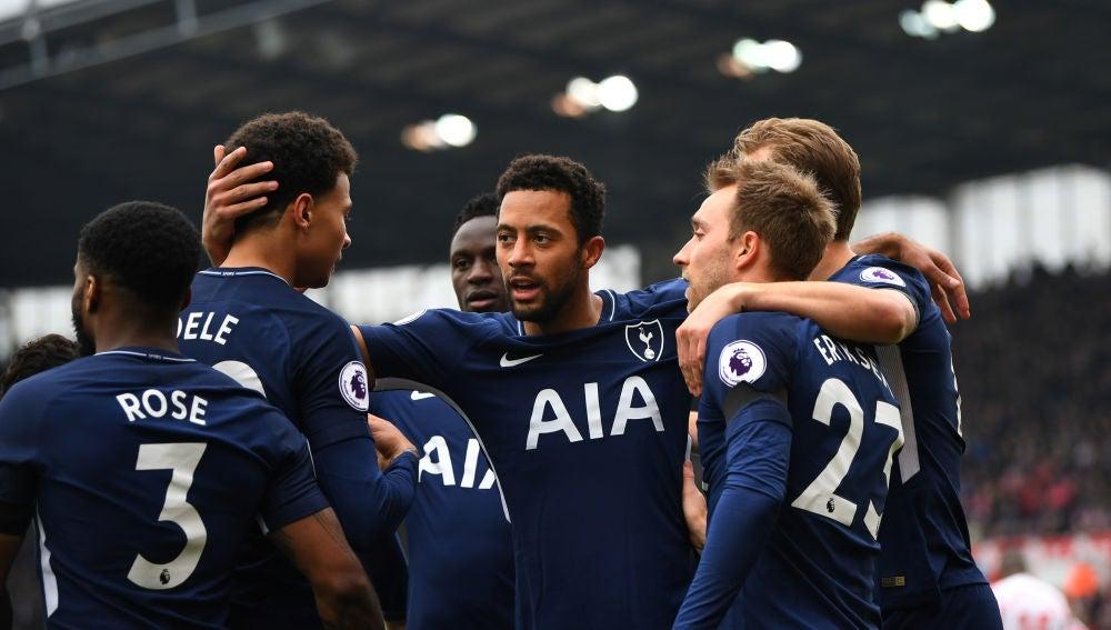 El Tottenham celebrando el gol ante el Stoke