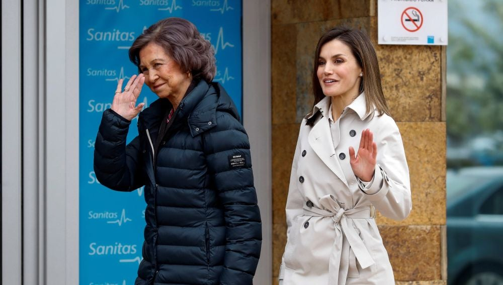 Primera imagen de las dos reinas tras su rifirrafe en Semana Santa