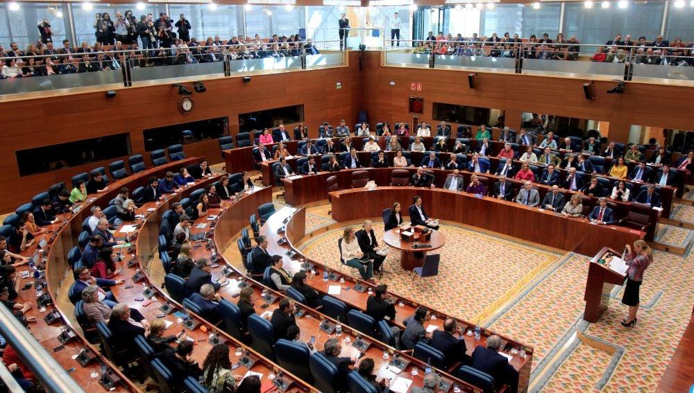 Vista general de un pleno de la Asamblea de Madrid