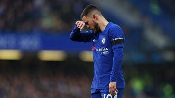 Hazard se lamenta tras la derrota del Chelsea