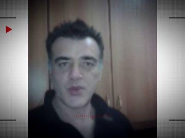 Entre los mensajes constantes y los gestos cariñosos: la fase 1 de la estafa de Angelo Buo a su víctima