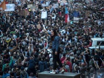 Miles de personas muestran su rechazo al primer ministro checo, Andrej Babis