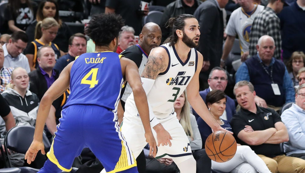 Ricky Rubio, ante los Warriors