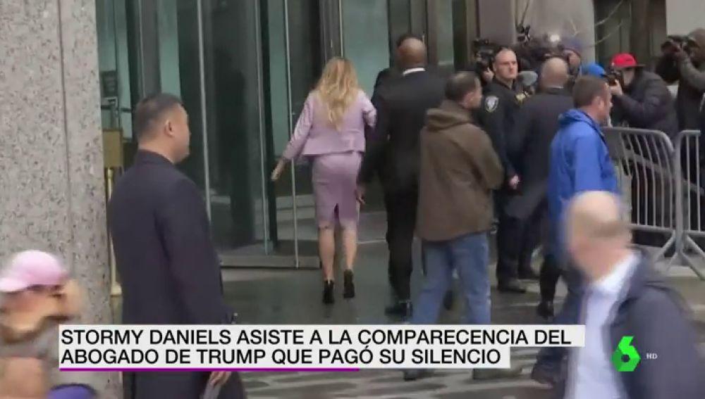 Stormy Daniels acude a la comparecencia del abogado de Trump