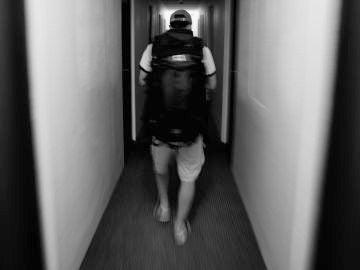 Un joven con mochila