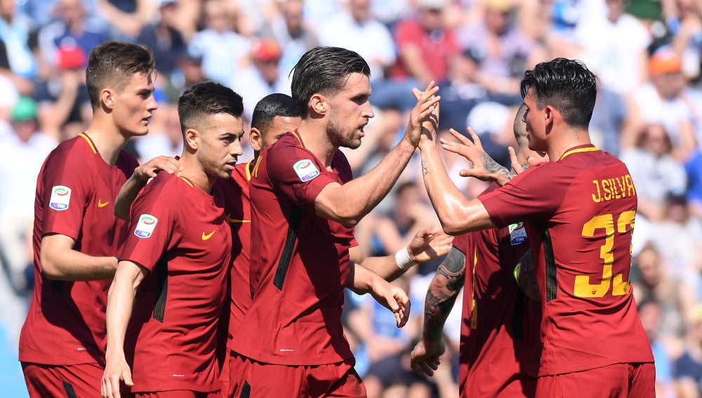 La roma celebrando un gol
