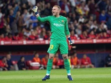 Cillessen celebrando el gol del Barcelona