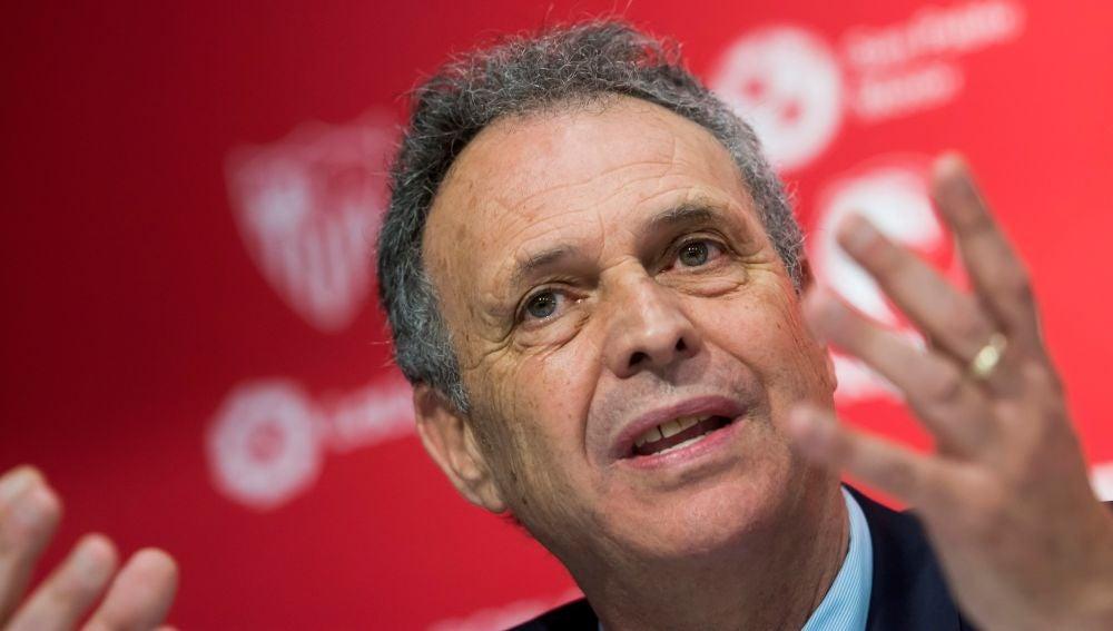 Joaquín Caparros en su presentación