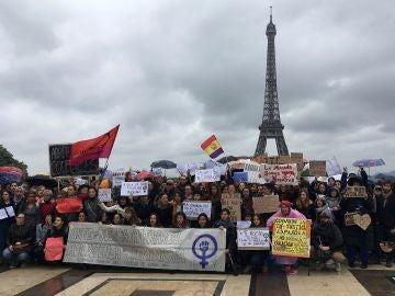 Unas 200 personas se manifestaron en París