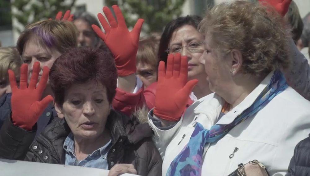 """El dolor y la indignación que inundó Pamplona tras conocer la sentencia a 'La Manada': """"En vaya mierda de país estamos"""""""