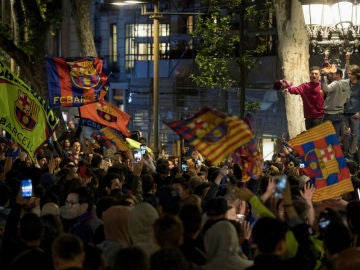 La afición del Barça, en Canaletas