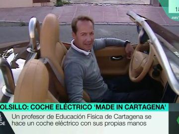 Un profesor de Cartagena se construye su propio coche eléctrico