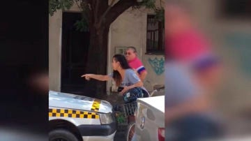 Una joven argentina denuncia los comentarios machistas de un taxista