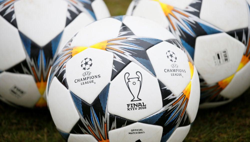 Los balones de la final de Champions en Kiev