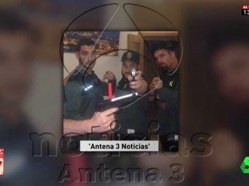 Miembros de La Manada vestidos de Guardia Civil