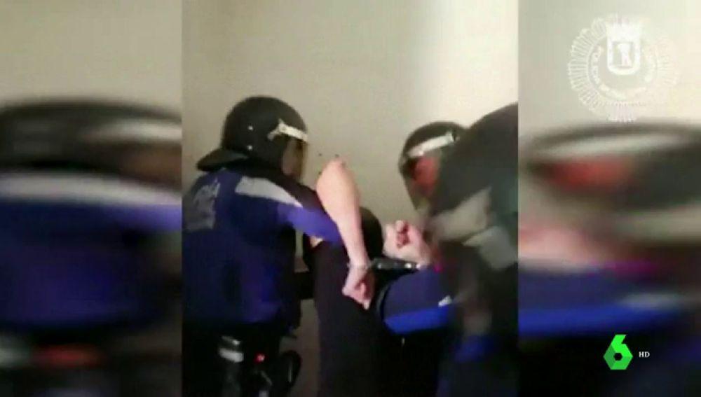 Las imágenes de la detención del hombre