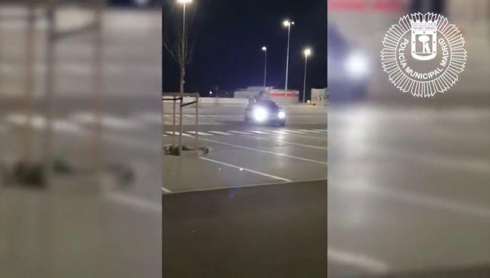 Detienen a un conductor por alardear en las redes sociales de maniobras temerarias en el aparcamiento del Wanda Metropolitano