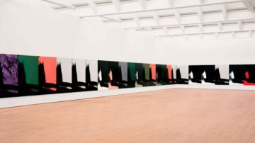 La serie 'sombras' de Andy Warlhol en el Museo Guggenheim de Bilbao