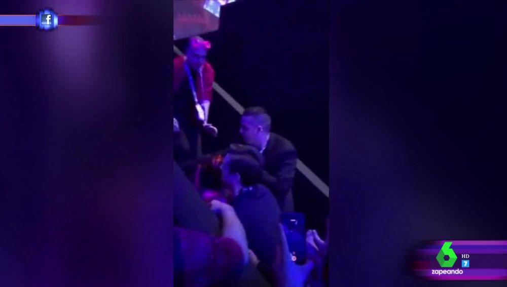 La aparatosa caída de Netta Barzilai por las escaleras del escenario del festival de Eurovisión