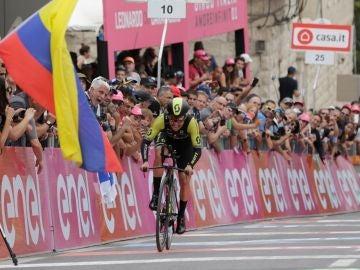 Esteban Chaves, durante la primera etapa del Giro