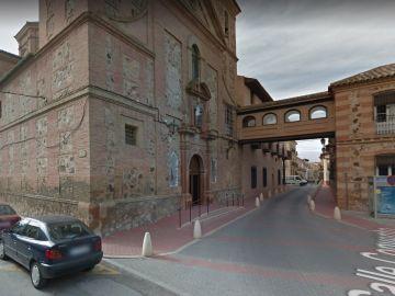 Placas franquistas en el convento de Herencia