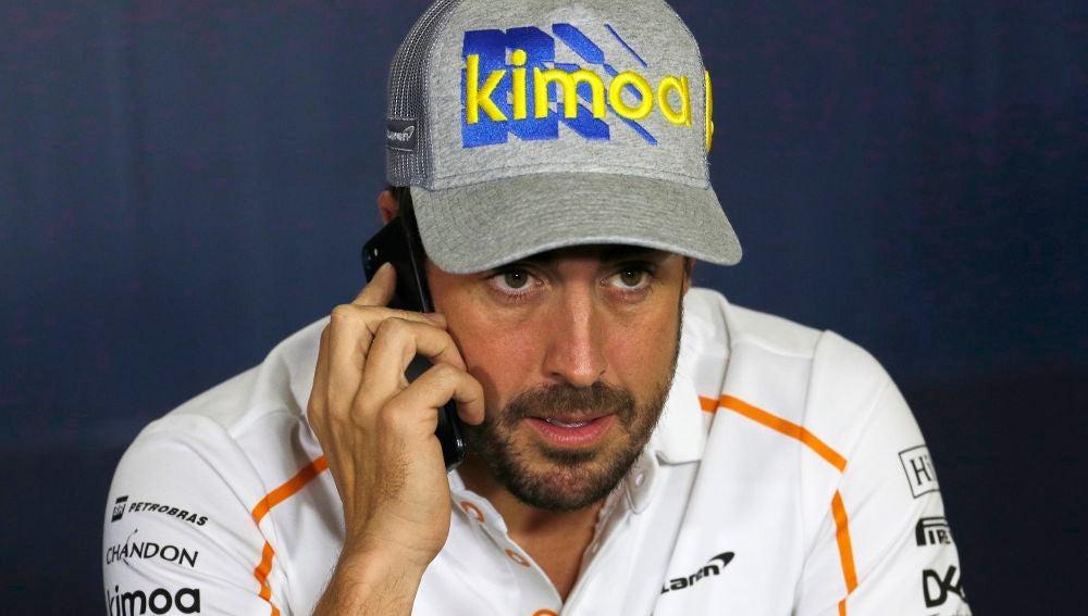 Fernando Alonso, en una rueda de prensa en Montmeló