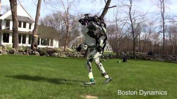 El robot de Boston Dynamics corriendo