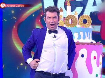 La sorprendente versión de 'Lo malo' de Arturo Valls en Ahora Caigo para celebrar sus 1.500 programas