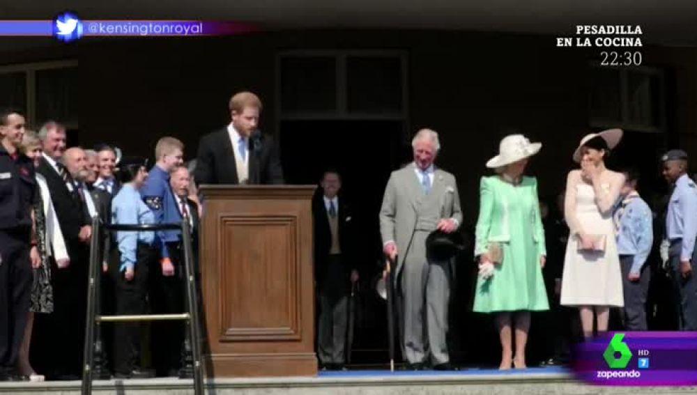 El momento en el que una abeja intenta 'atacar' al príncipe Harry desatando las carcajadas de Meghan Markle y su familia