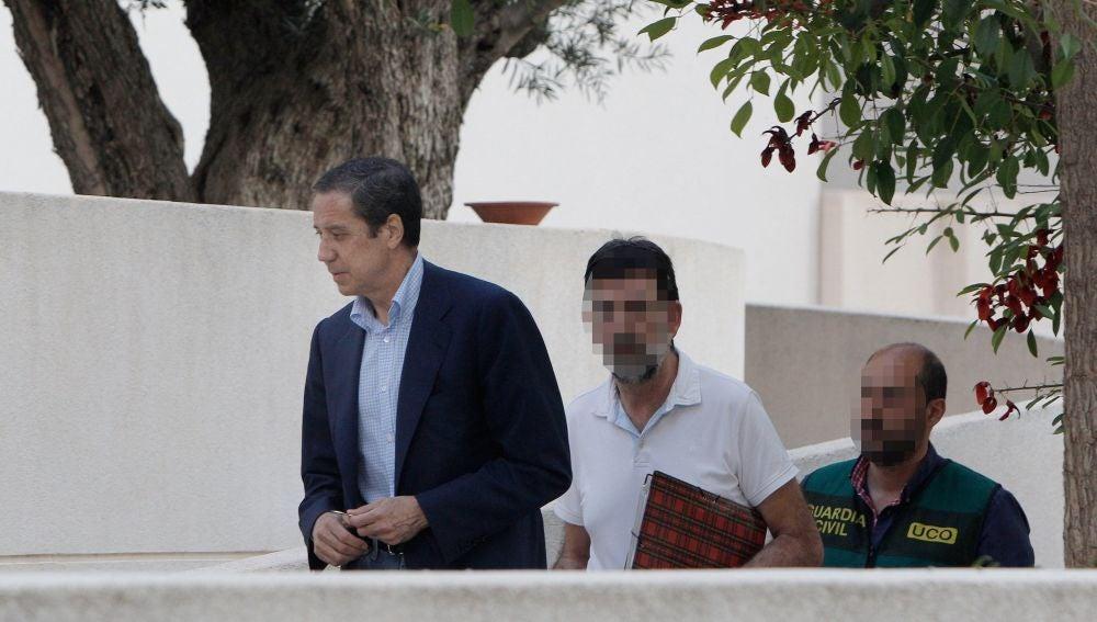 laSexta Noticias 14:00 (23-05-18)  La UCO traslada a Eduardo Zaplana a Madrid para registrar su casa y su oficina